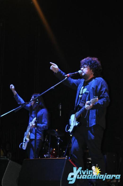 Los Piratas, banda tapatia abrieron el concierto de los Kaiser Chiefs. Fotografía: Lucila Flores