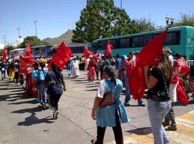 Marcha en Av. Lázaro Cárdenas